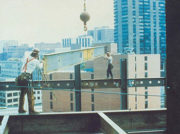 workers lacking fall protection
